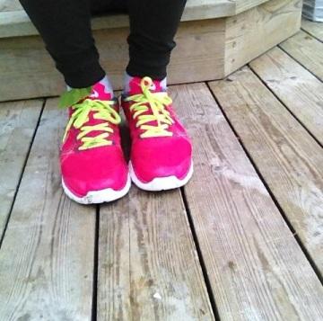 Jag köpte rosa Nikeskor för att ha som coola vardagsskor men nu har de istället blivit ett par löpardojor i sin rätta bemärkelse. Jag gillar dem skarpt.